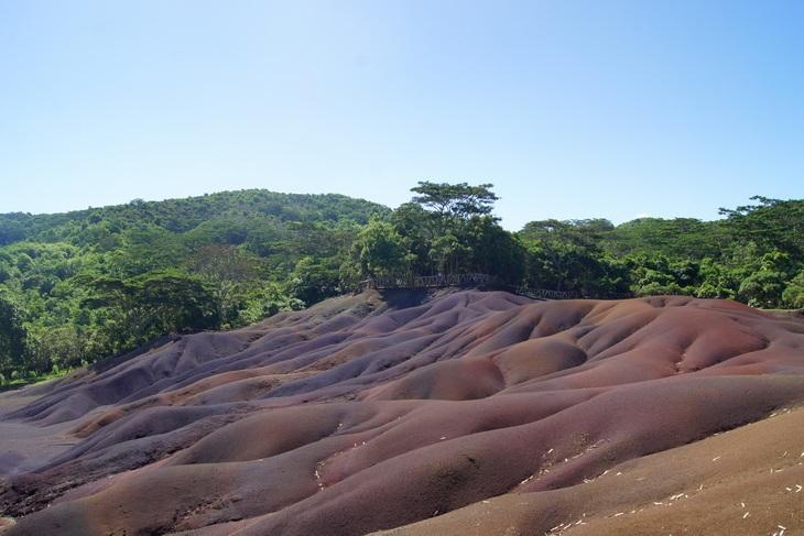 Семицветные земли: цветные пески Шамарель