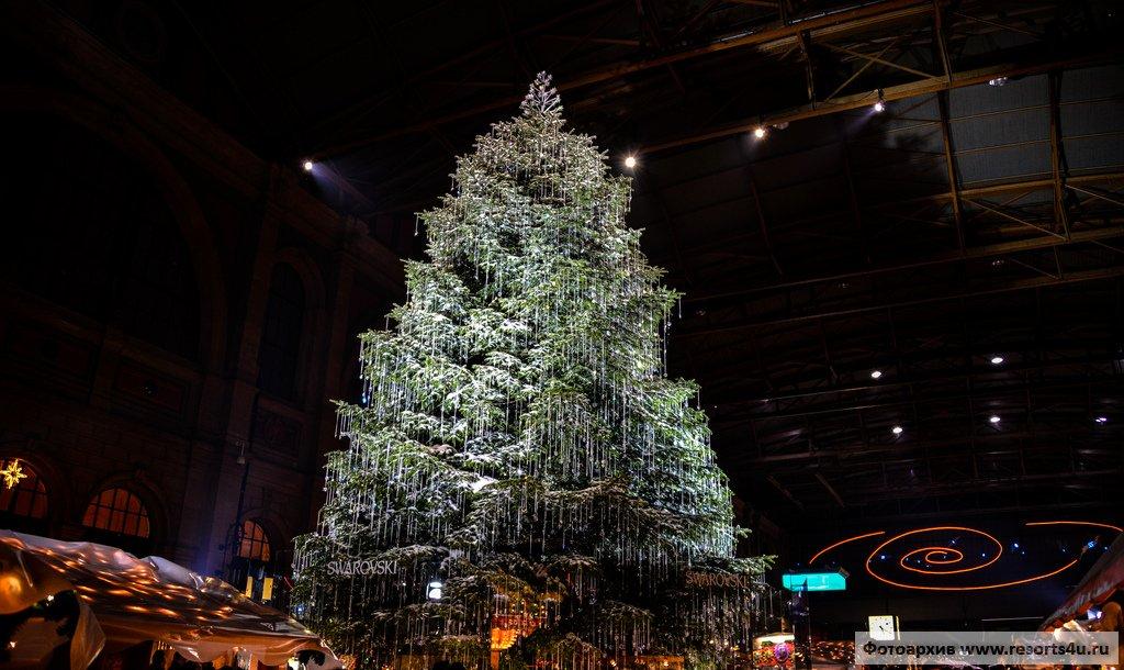 Самая красивая и нарядная елка Цюриха