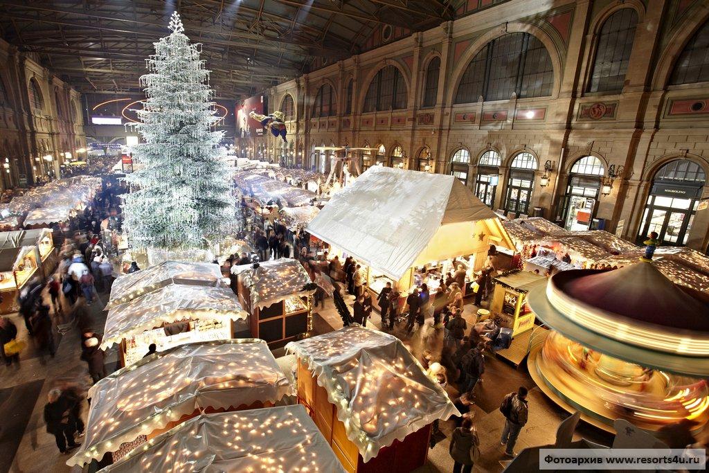 Самая большая крытая рождественская ярмарка Европы