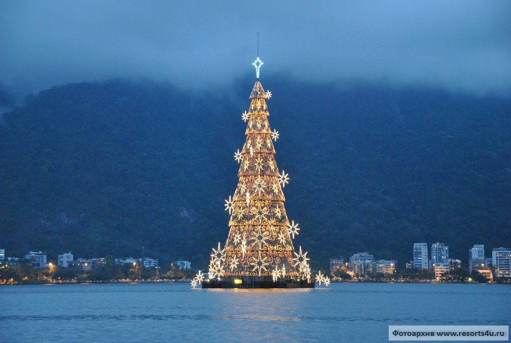 Рождественская елка в Рио-дэ-Жанейро
