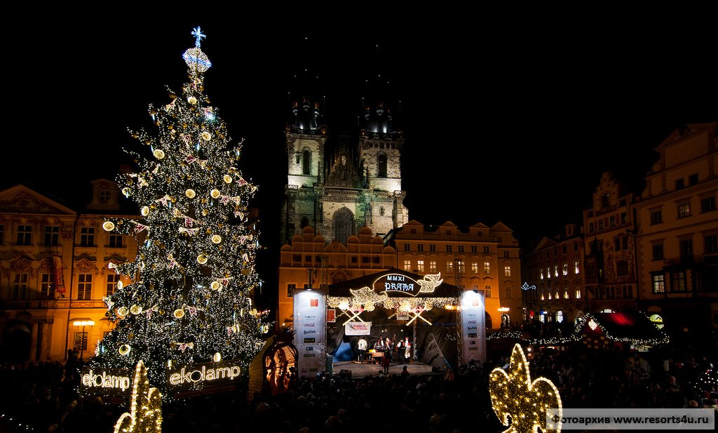 Новогодняя елка в центре Праги