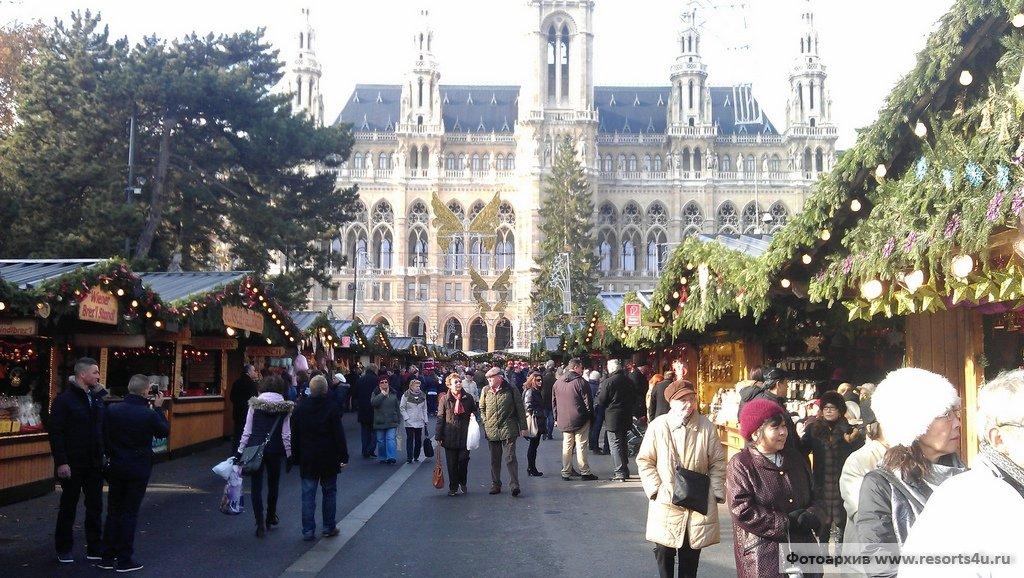 Главная рождественская ярмарка Вены